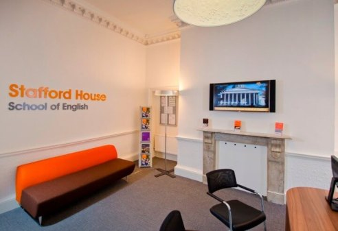 Stafford House London語言學校