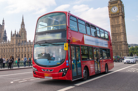遊學時搭乘巴士