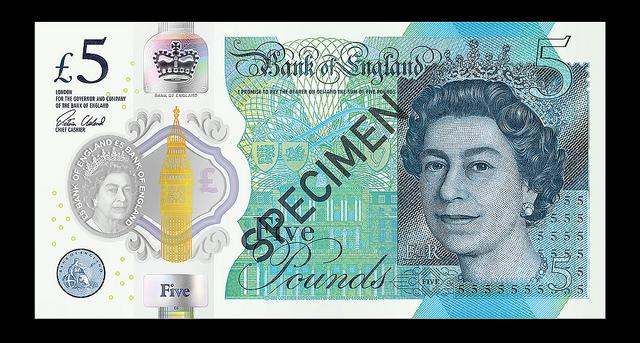 英國換新鈔票